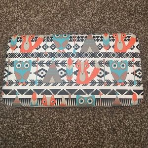 Rue 21 fox and owl wallet ❗️OFFERS❗️